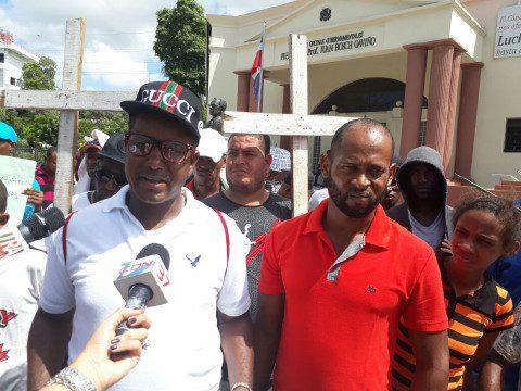 Recicladores del vertedero Rafey demandan Gobierno interceda por ellos ante alcaldía Santiago