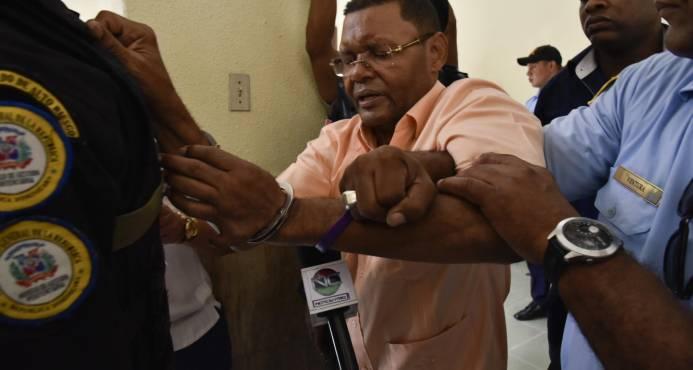 Aplazan nuevamente juicio a Arsenio Quevedo y demás acusados de sicariato