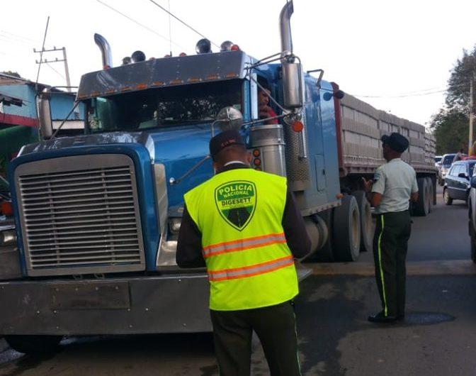 Casi 22.000 conductores de camiones han sido multados en últimos 3 meses