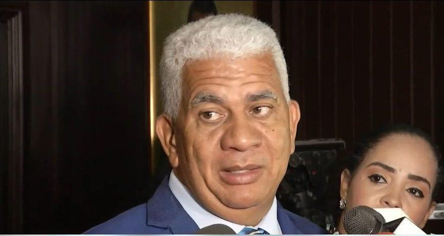 Ricardo de los Santos, presidente de la Comisión del Senado