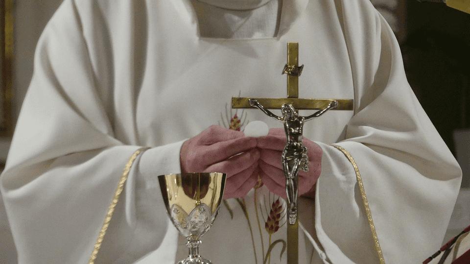 Resultado de imagen para sacerdote Aleycer Vivas Ortíz