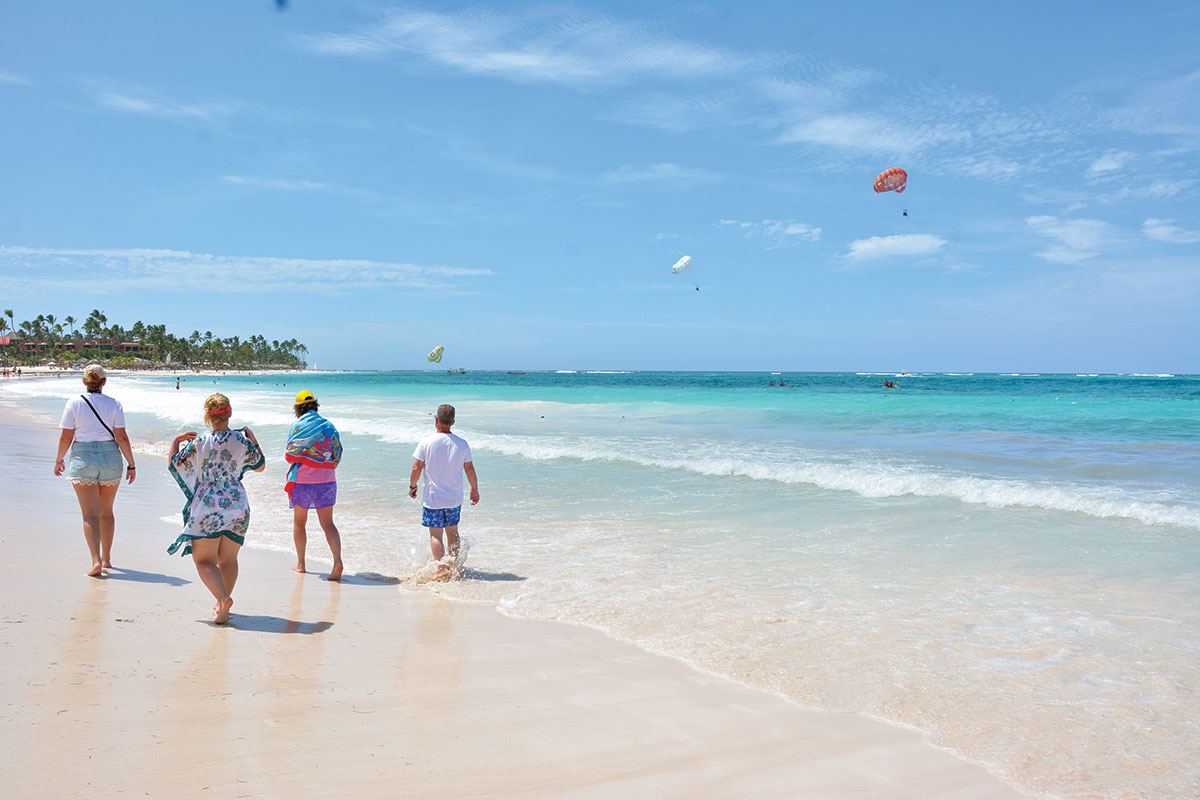 Playa-credito-al-turismo