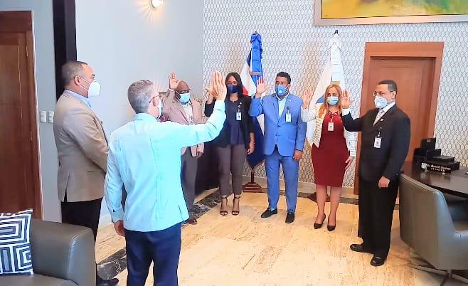 Manuel Jiménez juramenta grupo de compras y contrataciones de la baile SDE – N Dactiloscópico