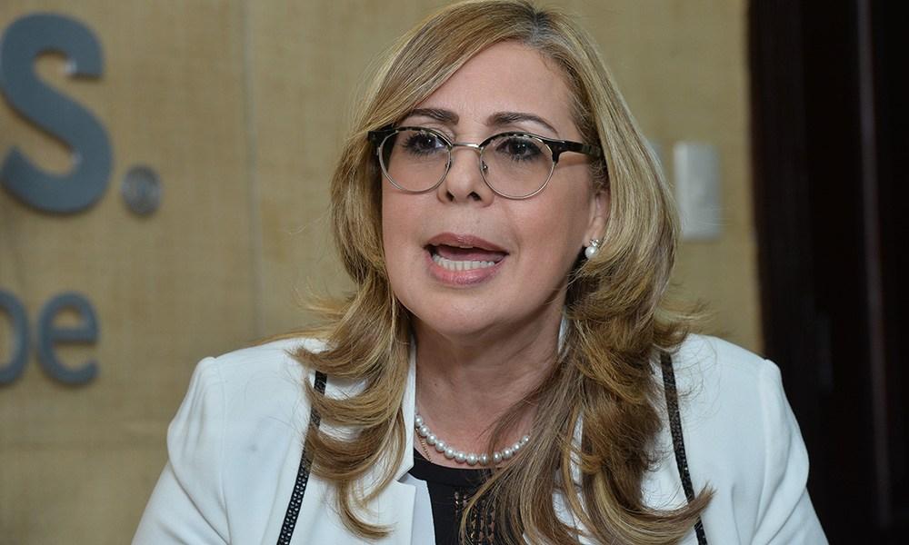 Sergia Elena anuncia aportes a hospitales de Fondeadero Caudal y Barahona – N Dactiloscópico