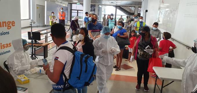 Pruebas de COVID-19 en aeropuertos de República Dominicana