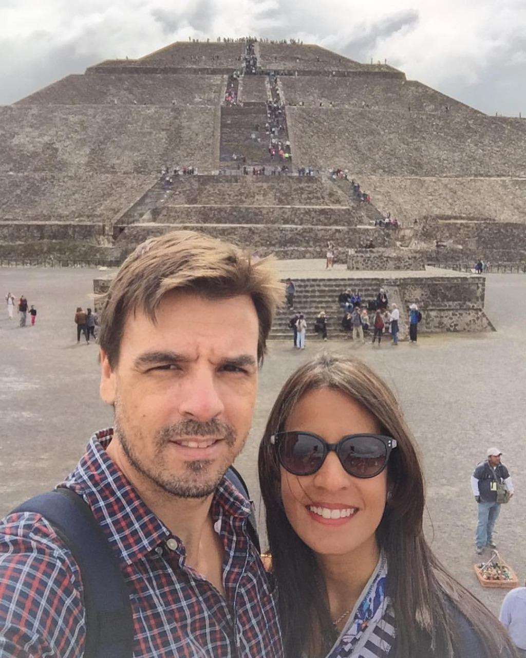 José Luis Actis Y Julissa Cruz