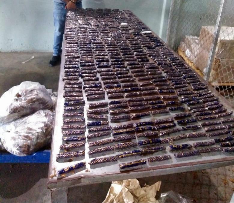 Ocupan presumible cocaína en el Aeropuerto Internacional del Cibao