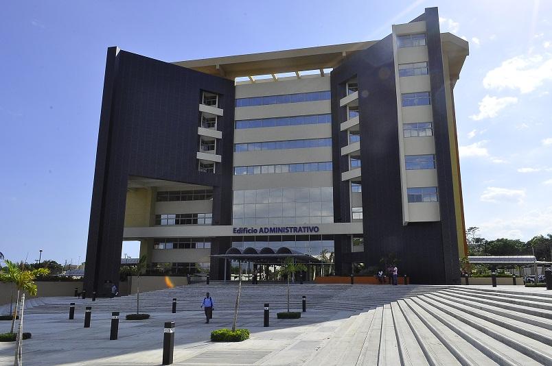 Edificio administrativo UASD