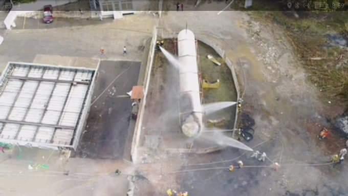 Explosión en Estación de gas.