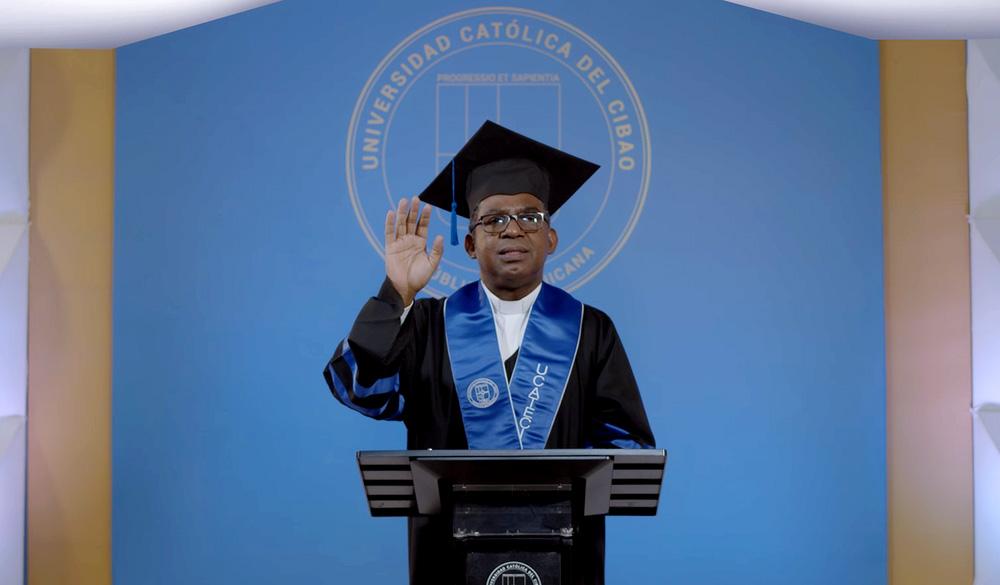 Graduación virtual en Ucateci