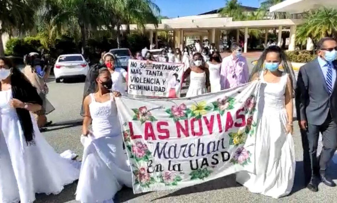 Marcha contra la violencia hacia la mujer