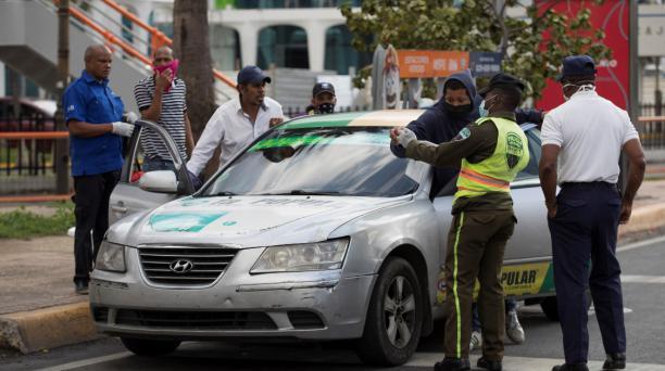 Toque de queda en la República Dominicana