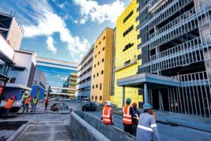 Ciudad Sanitaria Luis Eduardo Aybar durante construcción.