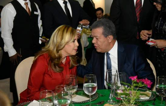Sergia Elena y Leonel
