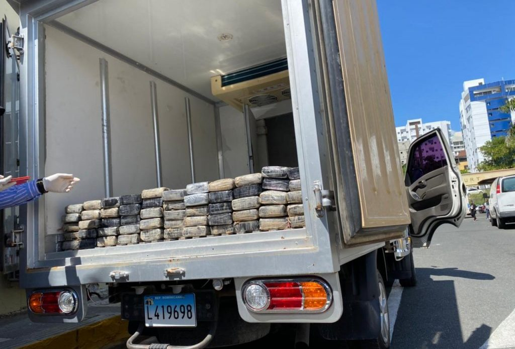 Dirección Nacional de Control de Drogas en Santo Domingo Este