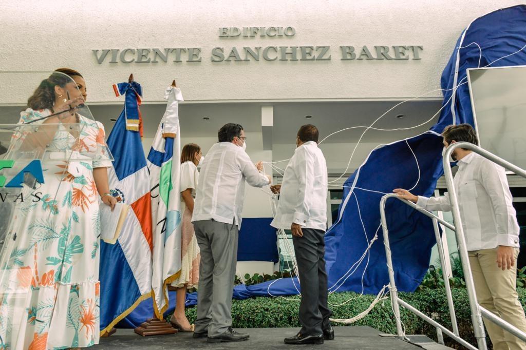 Reconocimiento a Vicente Saěnchez Baret