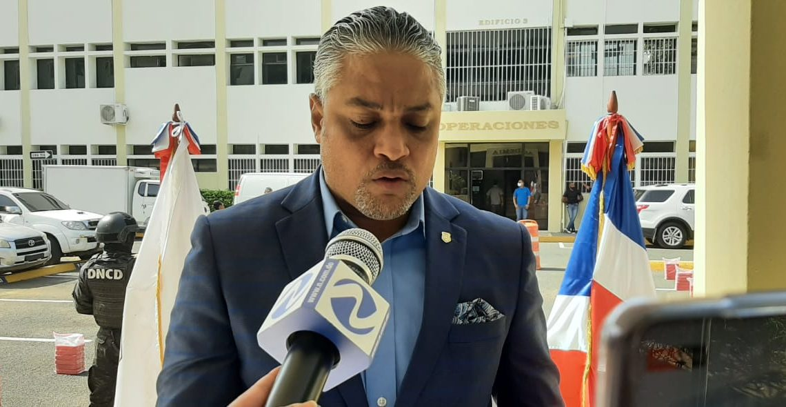 Carlos Devers, vocero de la DNCD