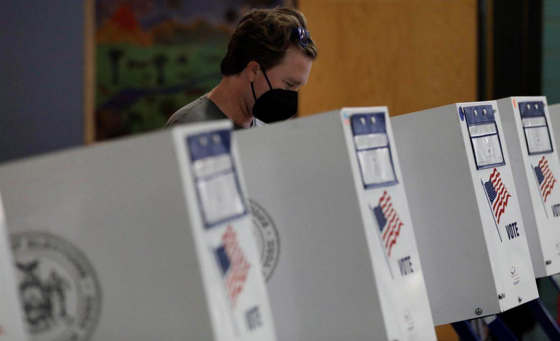 Neoyorquinos votan en las primarias preocupados por el aumento de la inseguridad
