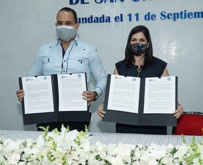 Acuerdo entre ProDominicana y Cámara de Comercio de San Cristóbal