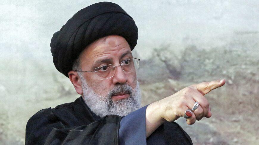 TEHERÁN, Irán.-El clérigo ultraconservador Ebrahim Raisí, próximo presidente de Irán tras lograr una aplastante victoria en las elecciones, tiene una extensa y controvertida carrera en la judicatura y está bajo sanciones de Estados Unidos.