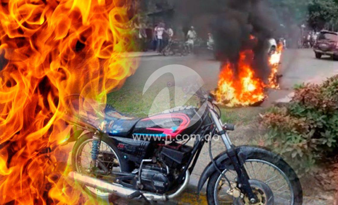 Motocicletas quemadas
