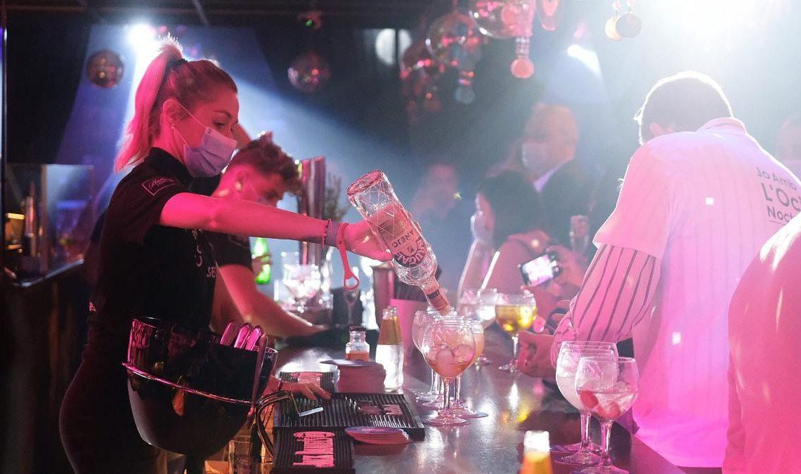 Reabren las discotecas en Madrid y Barcelona