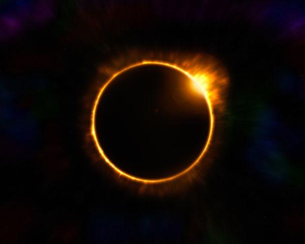 eclipse lunar anillo de fuego