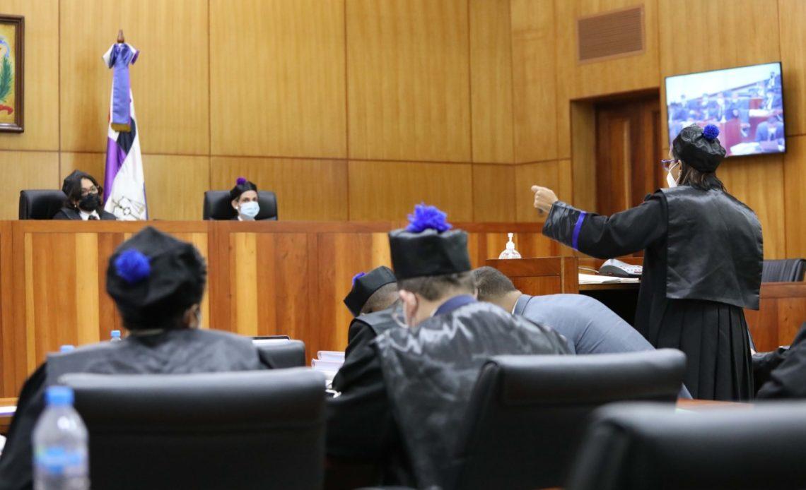 thumbnail_La fiscal Mirna Ortiz en el juicio de fondo del Caso Odebrecht