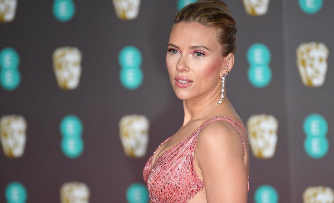 """Scarlett Johansson denuncia a Disney por el estreno digital de """"Black Widow"""""""