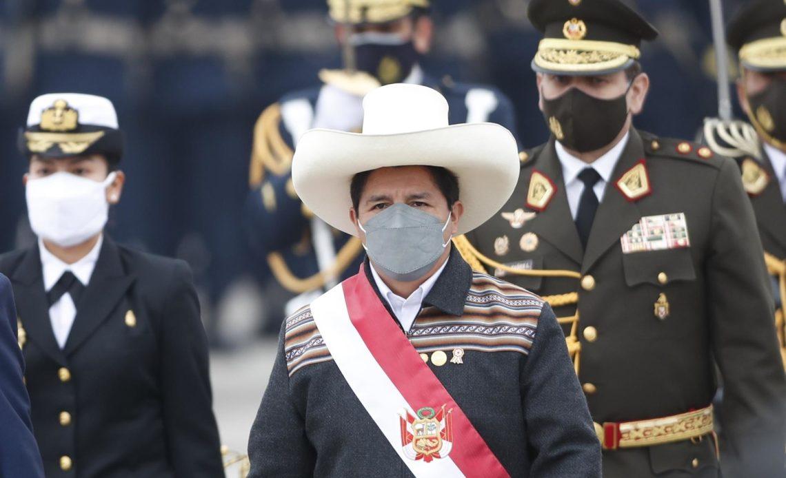 El Gobierno de Perú buscará la investidura tras cambiar un único ministro