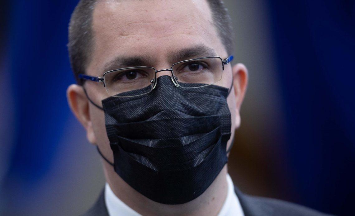 Maduro reforma su Gobierno y sustituye a Jorge Areaza como canciller