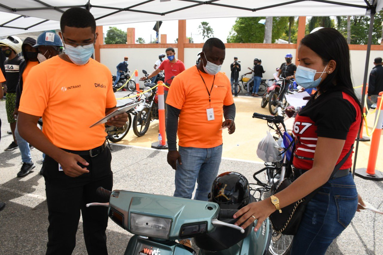 Registro de motocicletas. Foto archivo