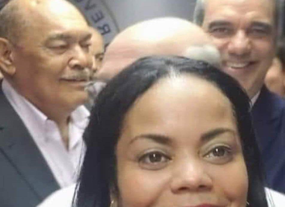 Funcionaria del INDEX encabezó boicot a Abel Martínez en NY, anuncia su renuncia del PRM
