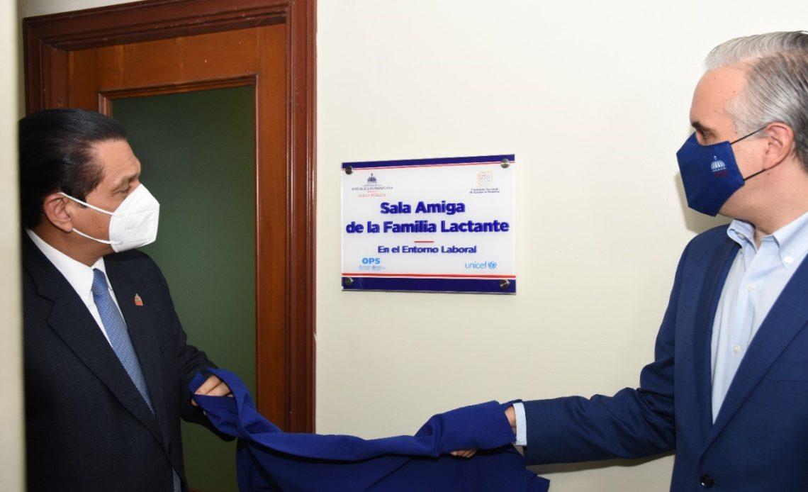 Ministerio de Trabajo y Salud Pública instalan salas de lactancia en entes gubernamentales