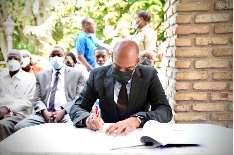 Acuerdan un año de plazo para la transición en Haití tras la muerte del presidente Moise