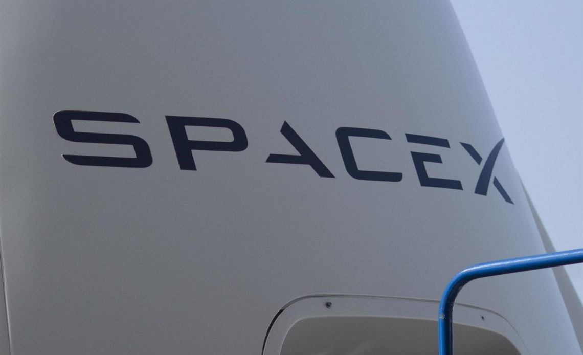 La NASA adjudica a Blue Origin y SpaceX contratos de misión Artemis a la Luna