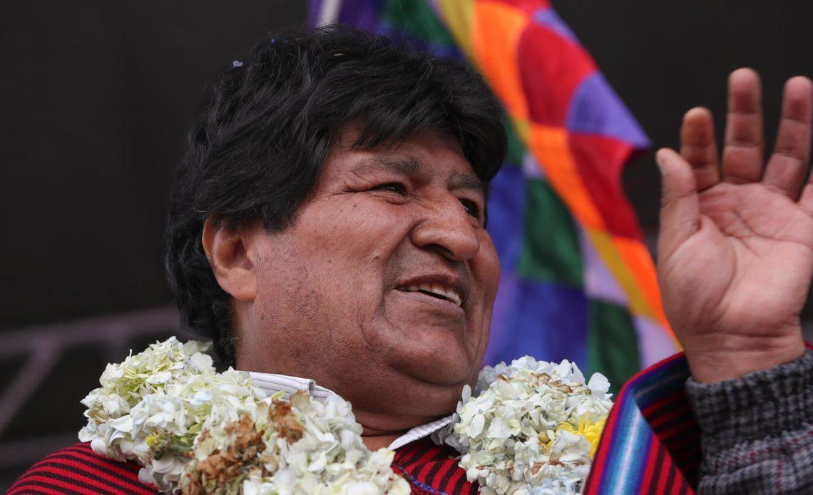 Investigan en Bolivia un incidente con un helicóptero en que viajaba Morales