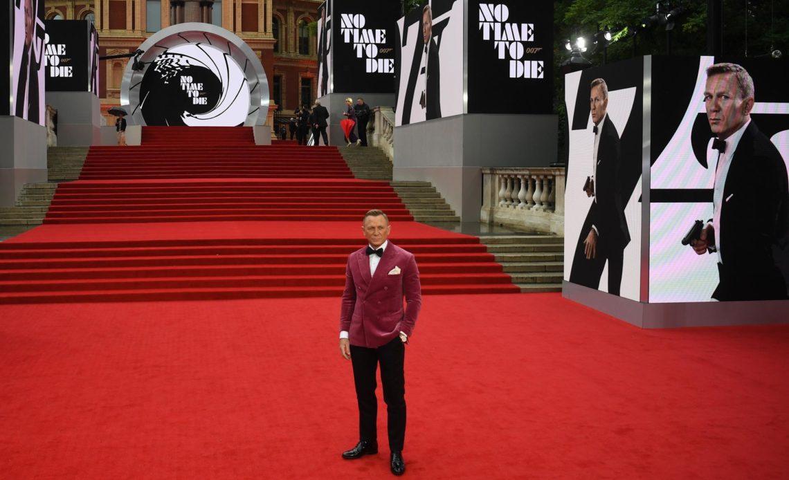 Nueva película de James Bond debuta en cines de EEUU muy por debajo de las expectativas